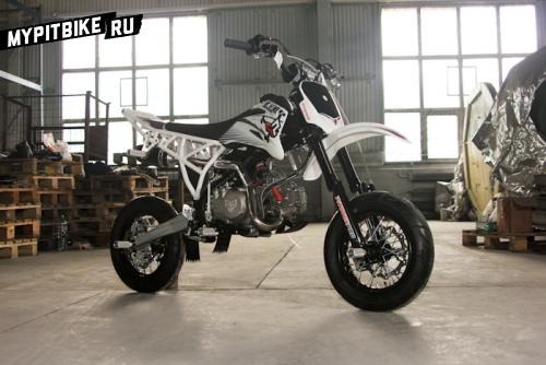 Stunt pitbike